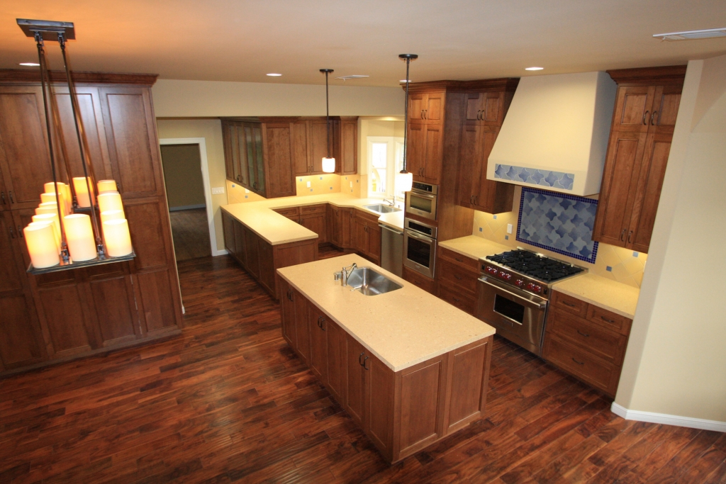 Advantages Of Using Prefinished Plywood